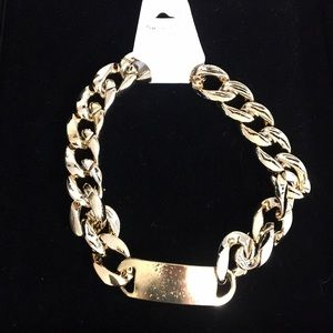Jewelry - Gold color big chain choker necklace